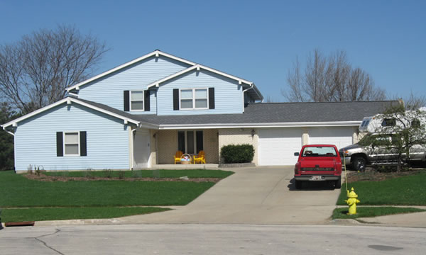 Muskego WI Roofing Siding and Window Contractor.