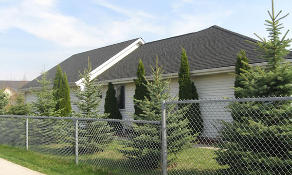 Pewaukee WI Roofing and Siding Contractor.