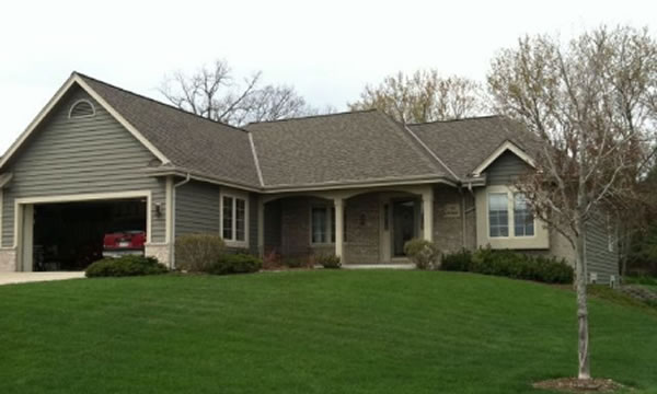 Roofing Contractor in Delafield, WI.