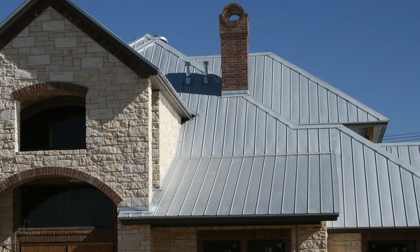 Metal Roofing Contractor in Milwaukee and Waukesha.