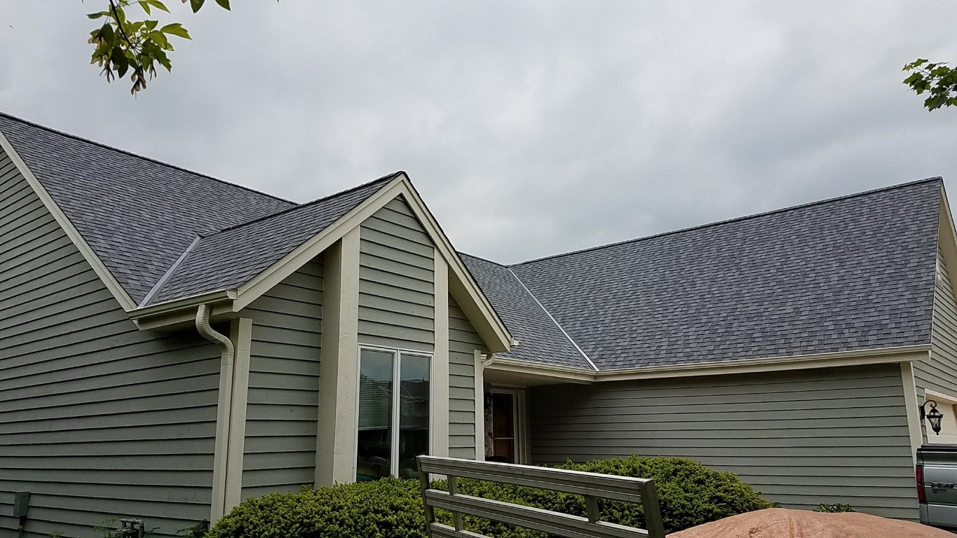 Landmark Pro Shingle in Pewter