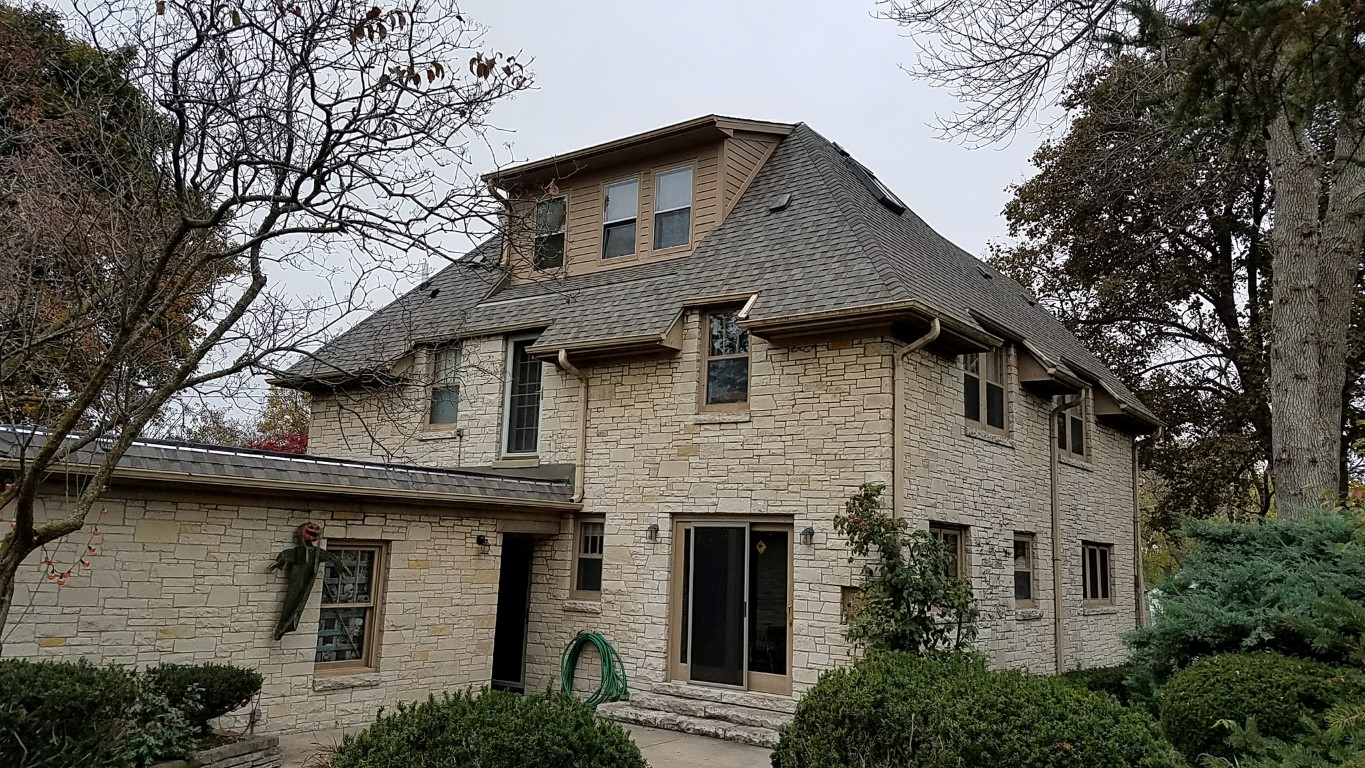 Architectural Shingle Roofing Installer In Waukesha County Wi