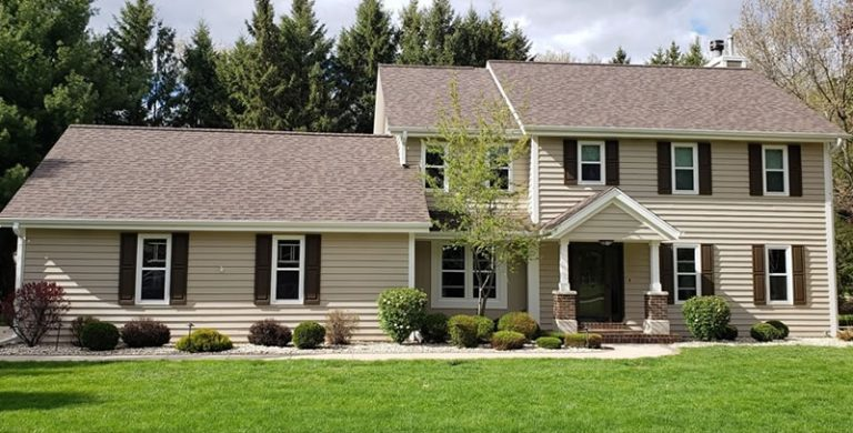 Choosing The Right Color & Style Of Shingles For Your Roof